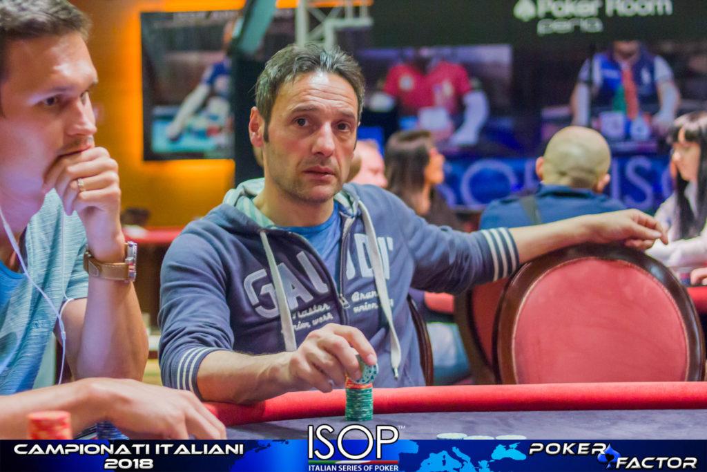 Carmine Di Vece chipleader day1b isop campionati italiani poker