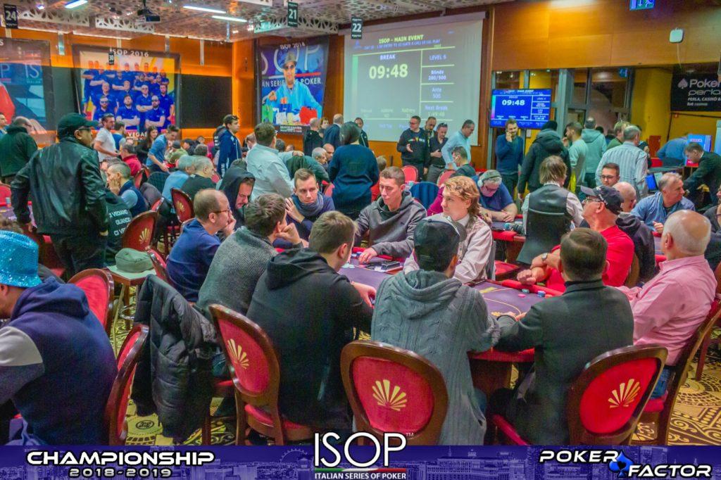 panoramica sala day 1C main event isop championship 2018-2019 ev.4