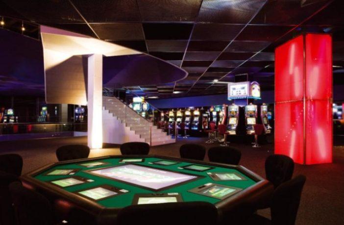 casino chaves dealer